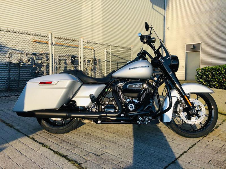 2020 Road King Special Harley-Davidson Touring Bike Review Specs Price