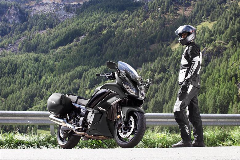 2020 FJR1300ES Yamaha Powerful Sports Touring Bike