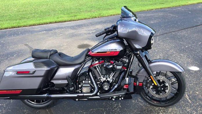 2020 Harley-Davidson CVO Street Glide Touring Bike