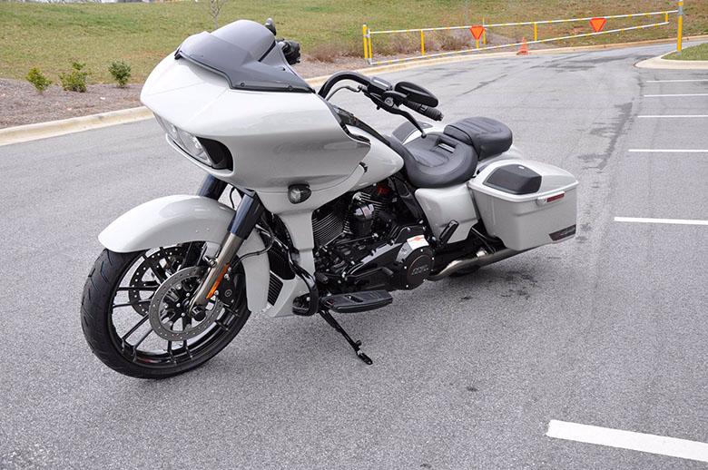 2020 Harley-Davidson CVO Road Glide Tourer