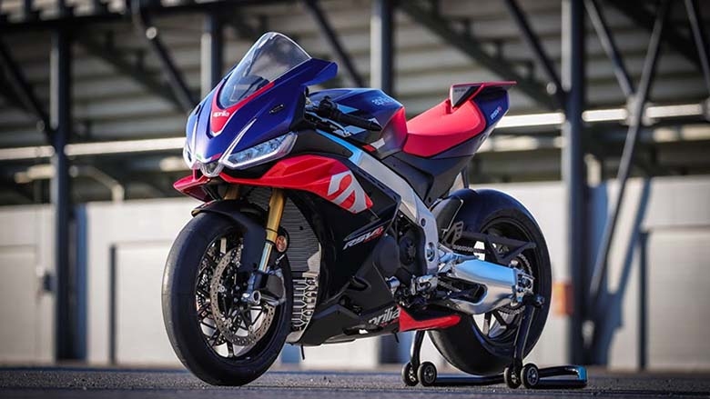 2021 Aprilia RSV4 Factory Powerful Sports Bike
